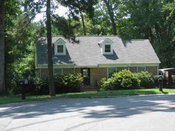 Mecklenburg County foreclosures – 6100 Big Horn Cir, Charlotte, NC 28214