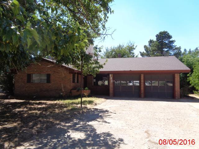 118 Eagle Ave, Levelland, TX 79336