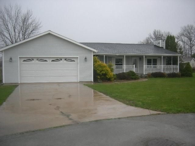 153 Meadows East Ct, Marion, IN 46953