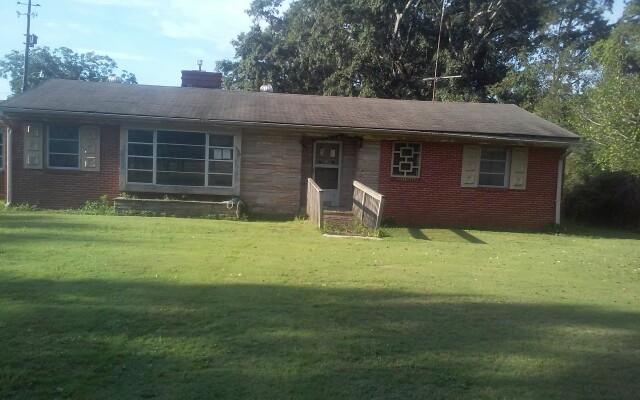 Adamsville foreclosures – 3429 Main St, Adamsville, AL 35005