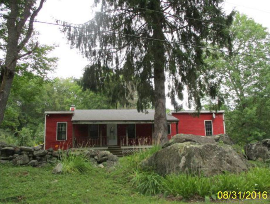 Hampshire County foreclosures – Town Hill Rd, Middlefield, MA 01243