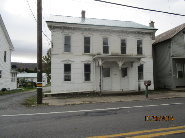 Schuylkill County foreclosures – 923 W Main St, Valley View, PA 17983