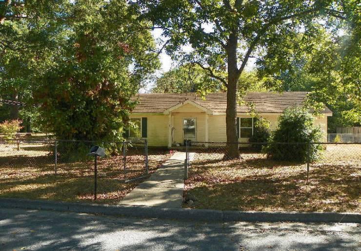 122 Spruce St, Cedartown, GA 30125