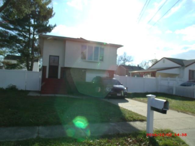 Nassau County foreclosures – 441 Jefferson St, Massapequa, NY 11758