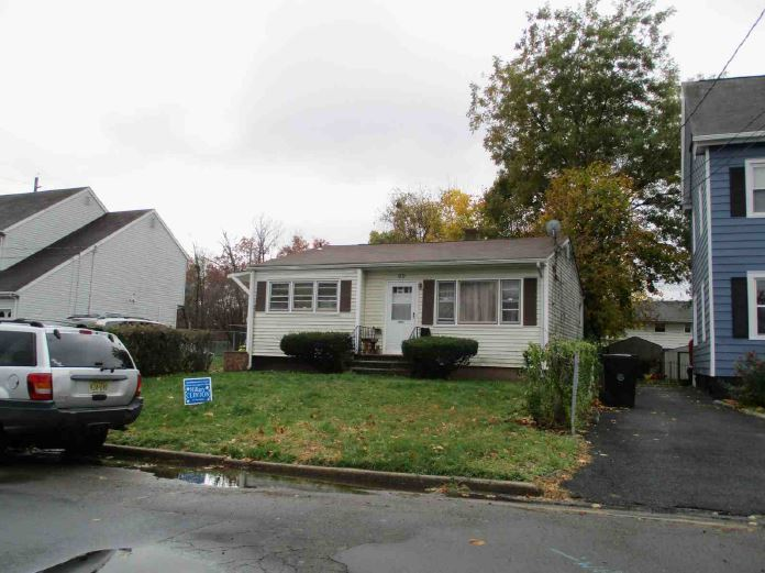 Plainfield foreclosures – 194 Wiley Ave, Plainfield, NJ 07062