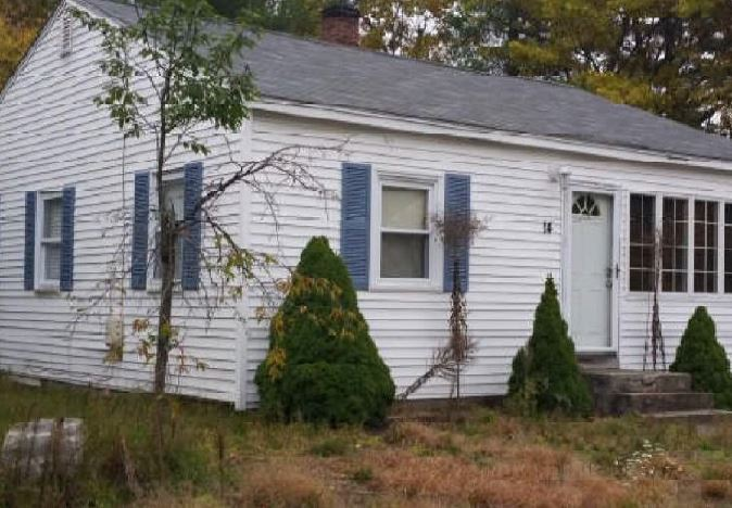 14 Lemire Ave, Tyngsboro, MA 01879