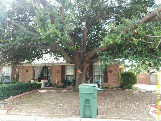 Tarrant County foreclosures – 2410 Ventura Dr, Arlington, TX 76015