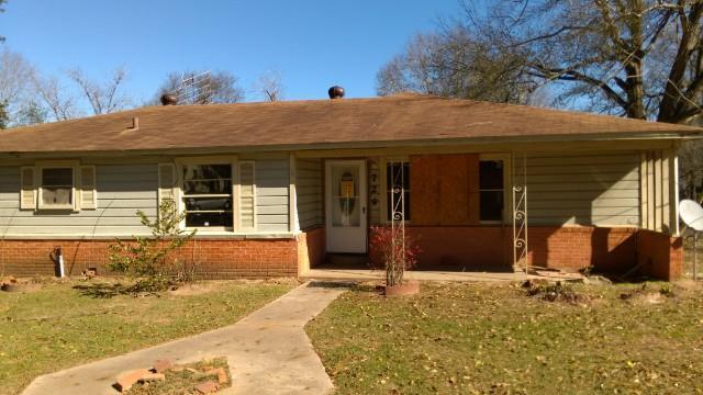 Nacogdoches County foreclosures – 729 Cariker St, Nacogdoches, TX 75961