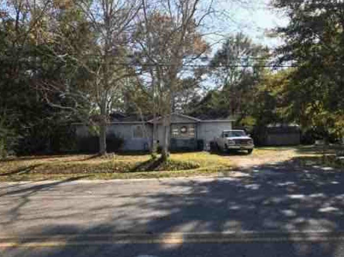 Grand Bay foreclosures – 12711 Cunningham Rd, Grand Bay, AL 36541