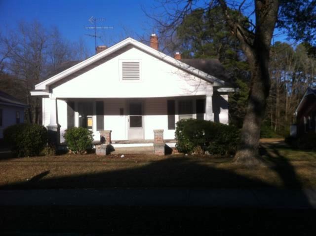 914 Gold St N, Wilson, NC 27893
