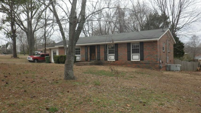 Madison County foreclosures – 3201 Harvey St Nw, Huntsville, AL 35810