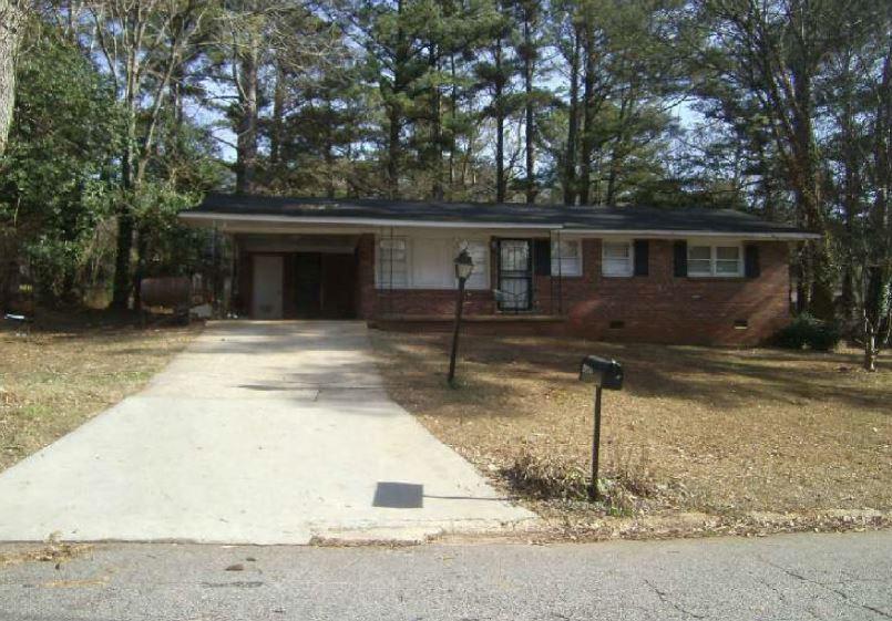 3954 David Dr, Forest Park, GA 30297