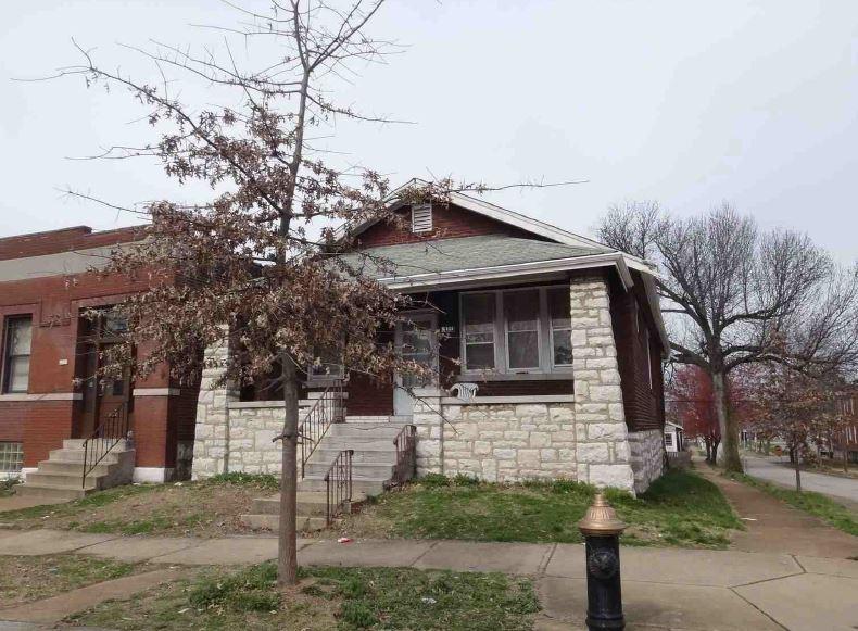 5401 Michigan Ave, Saint Louis, MO 63111