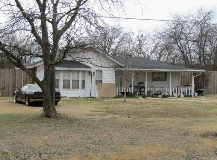 1002 Stephie Ann Ct, Arlington, TX 76002