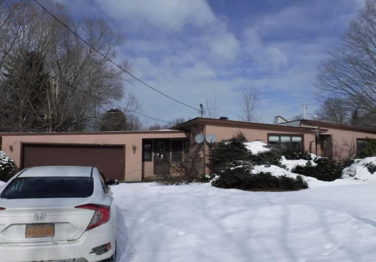 105 Glen Rd S, Rome, NY 13440