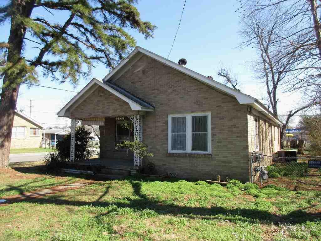 2222 Moss St, North Little Rock, AR 72114